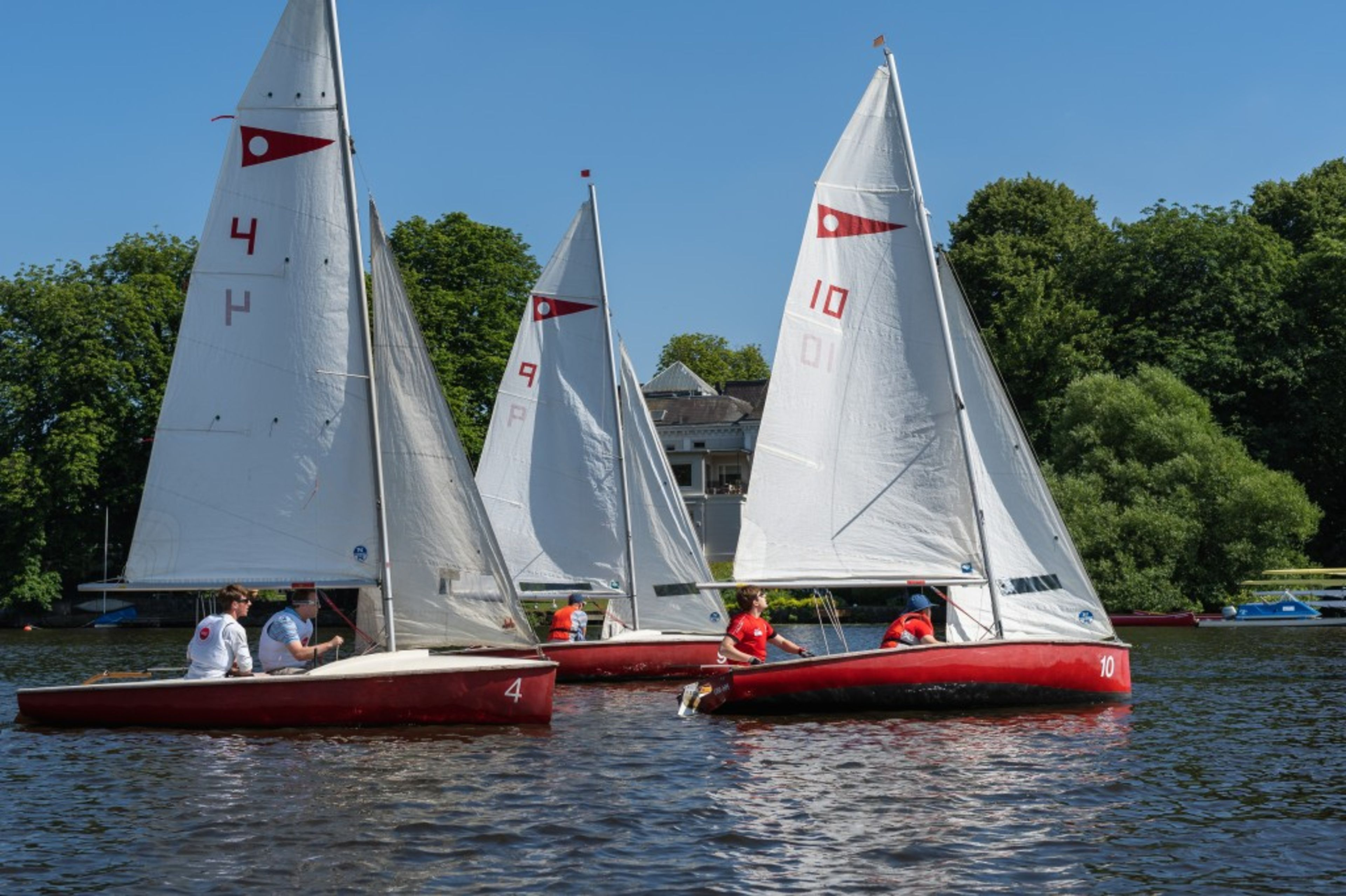 Sailing Regatta Win for KLU University Executive Board · KLU
